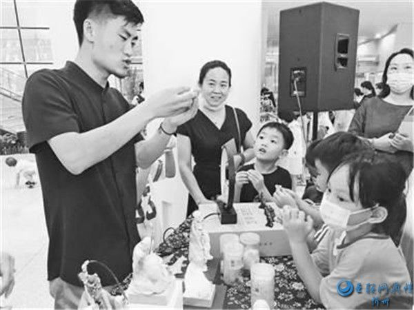 """河南省""""美术馆之夜""""大型公益活动举行"""