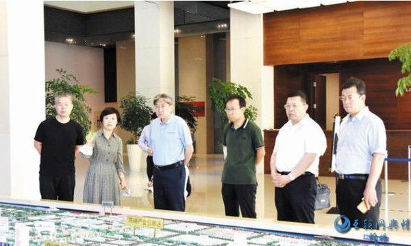 朱晓东率团赴上海广东学习考察