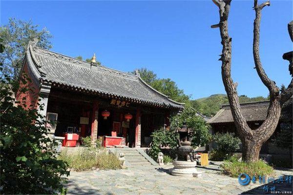 五台山的佛教文化,历经千年岁月的沉淀,成为了佛教的一大象征