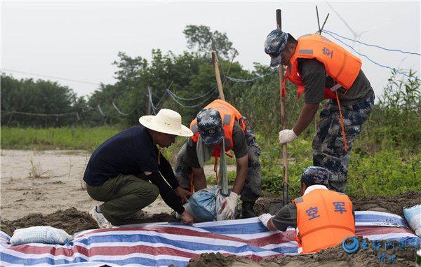 建在大堤上的村庄:抗洪第一道防线,每年都与洪水打交道