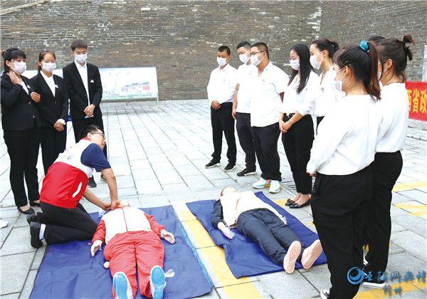 代县红十字会开展省政府2020民生实事项目――心肺复苏及AED  公益讲座