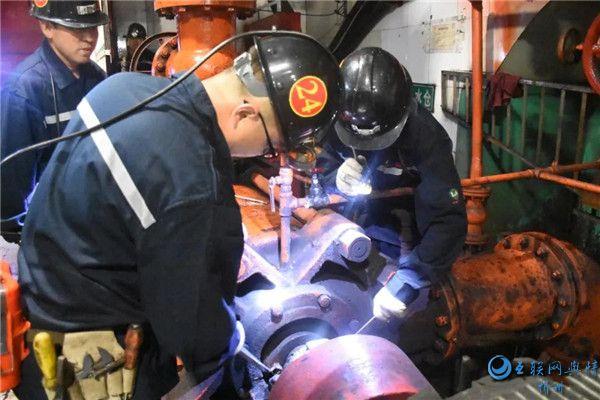 刘家梁矿开展主排水泵事故应急演练