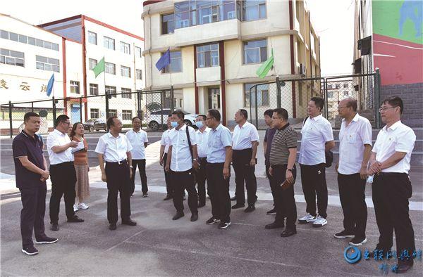 代县县委书记张生明深入城区部分学校调研指导工作