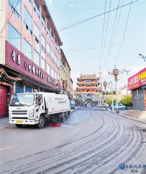 宁武不断完善城区环境卫生保洁机制