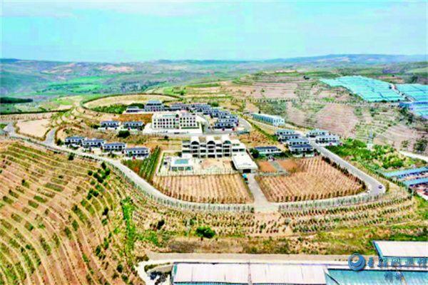 河曲:榆岭�村挖潜力促转型推进乡村振兴