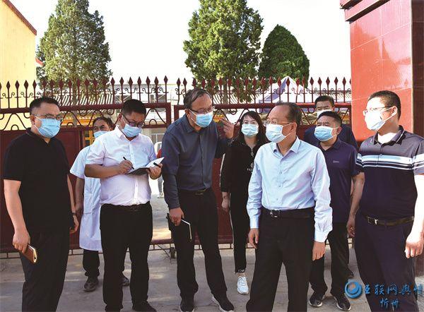 """代县县委书记张生明深入乡镇督导新冠疫苗接种""""清零行动"""""""